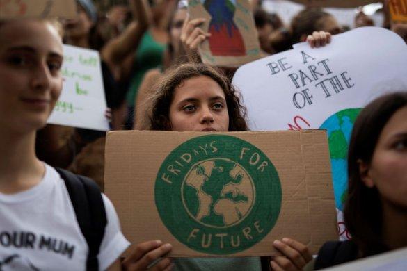 mundo-clima-585x390 Greve Global pelo Clima deve levar milhões às ruas nesta sexta-feira