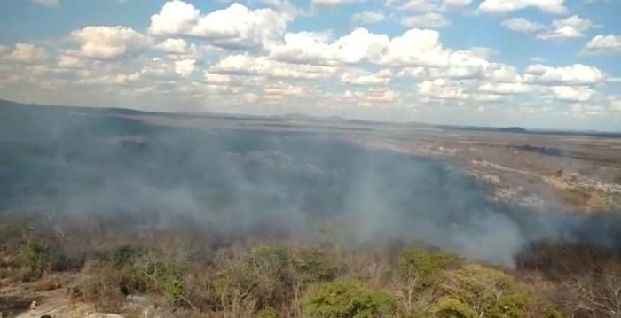 Screenshot_20191206-185959_WhatsApp-700x359 Incêndio volta a atingir zona rural de Monteiro