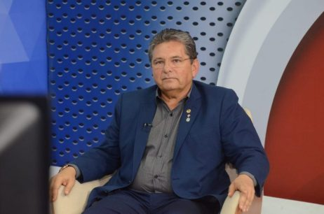 GALDINO-ADRIANO ALPB aprova PL que autoriza governo da Paraíba a comprar vacinas contra covid-19