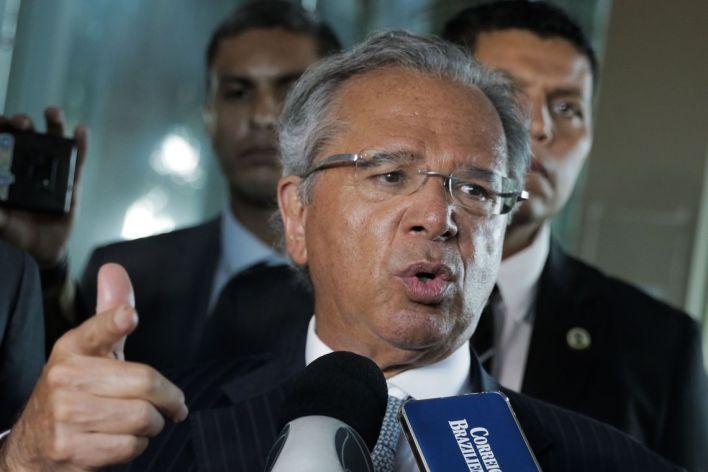guedes Sanção do Orçamento como está deixa governo em sombra legal, diz Guedes