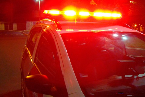 sirene-3 Homem é baleado tem carro tomado por assalto na BR-412, próximo a entrada para o município de Prata