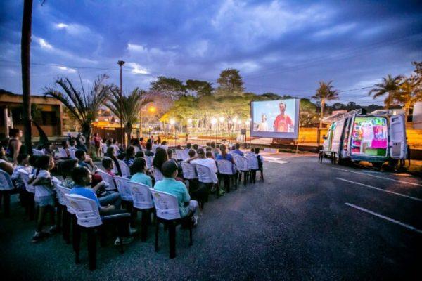 cabaceiras-1-600x400 Van a energia solar leva festival de cinema gratuito a Cabaceiras