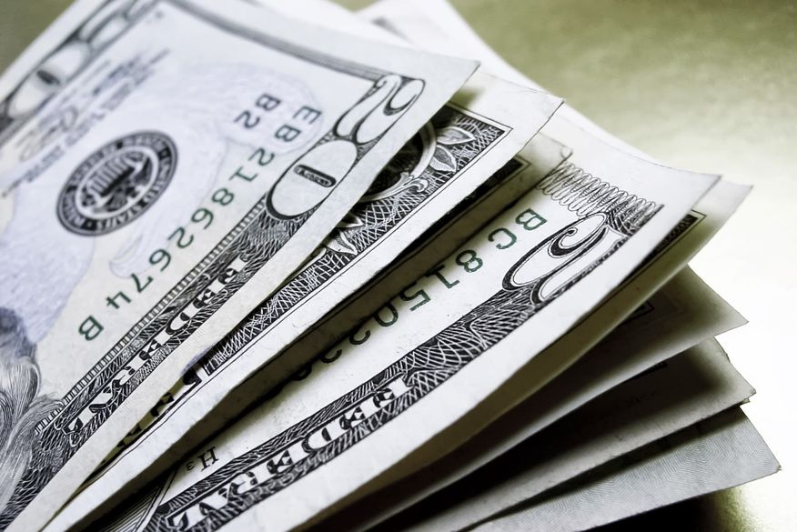 dolar Dólar é cotado a R$ 5,4147 nesta manhã de quinta-feira