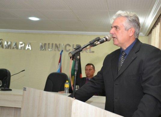 CAJO-MENEZES Vereador Cajó Menezes apresenta Projeto de Lei sugerindo atendimento médico mensal nas creches de Monteiro