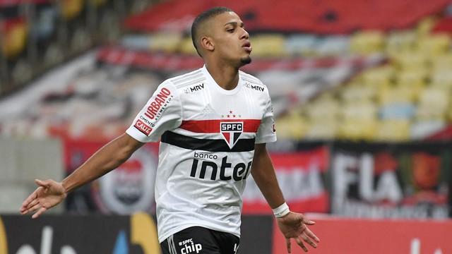 Brenner São Paulo vence o Flamengo no Maracanã