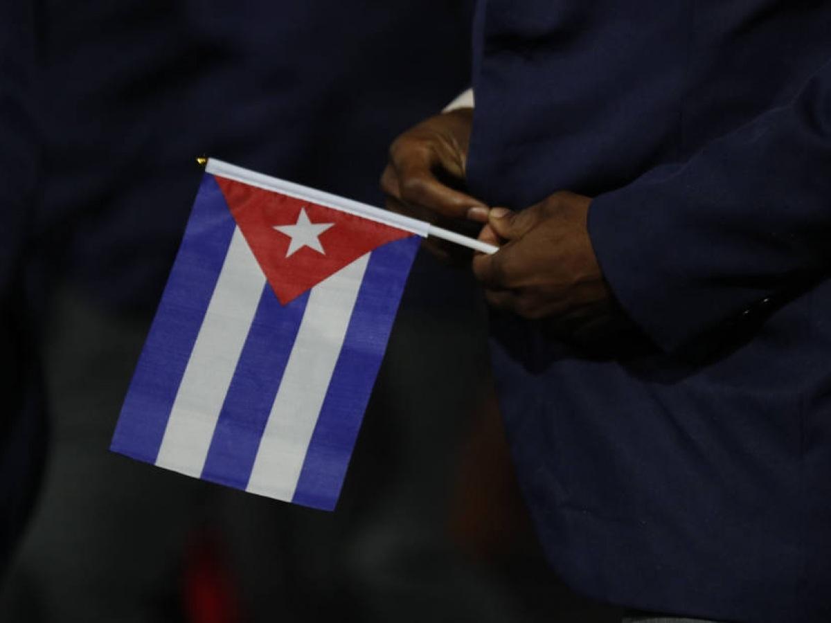 1610402986028 EUA recolocam Cuba em lista de estados patrocinadores de terrorismo