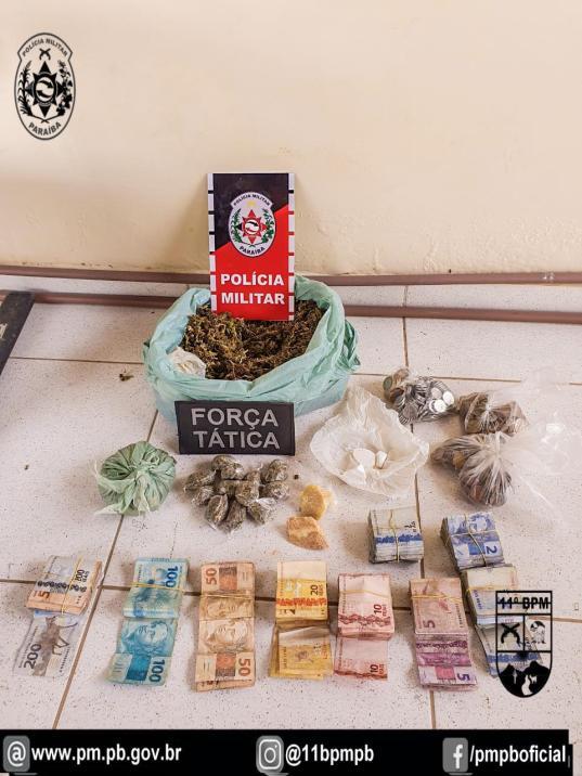 IMG-20210122-WA0296 Polícia Militar prende três pessoas e desarticula esquema de tráfico de drogas em Monteiro