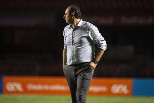 Rogerio-Ceni-flamengo Após título brasileiro, Rogério Ceni destaca luta dos jogadores e reafirma desejo de seguir no Flamengo