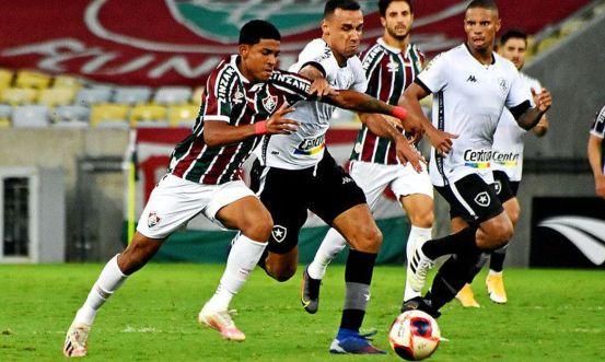 51121710618_6d4b31280a_c Fluminense vence Botafogo e se garante na semifinal do Carioca