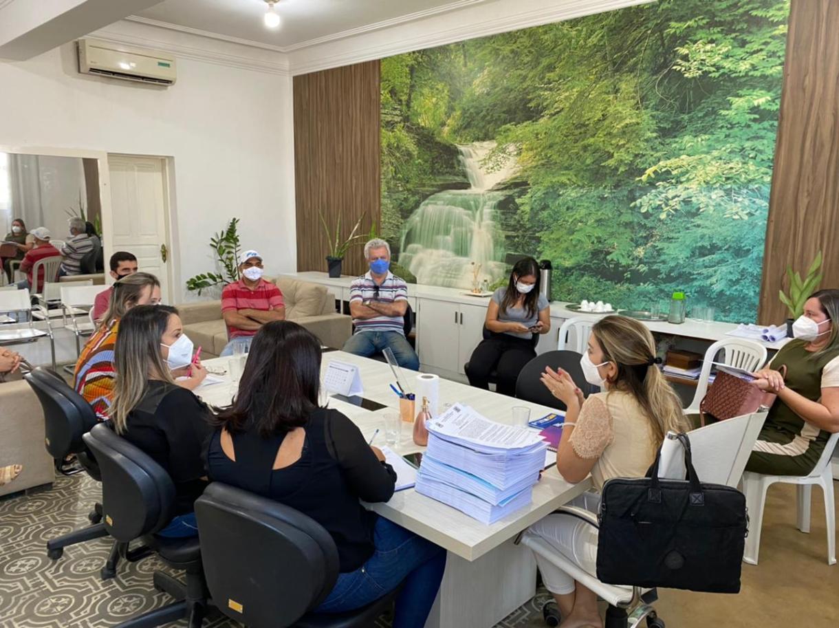 Comite-Gesttor-4 Comitê Gestor de Combate ao Covid-19 do município de Monteiro se reúne para definir novas medidas