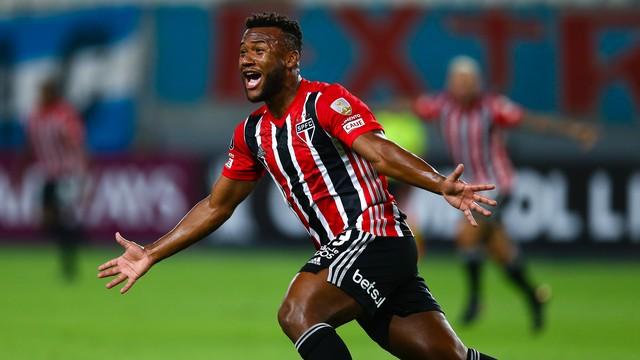 SAO-PAULO São Paulo volta a ser São Paulo na Libertadores e vence o Sporting Cristal