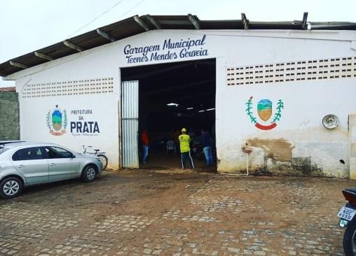 IMG_20210514_141627 Bandidos arrobam garagem da prefeitura de Prata e levam baterias e ferramentas