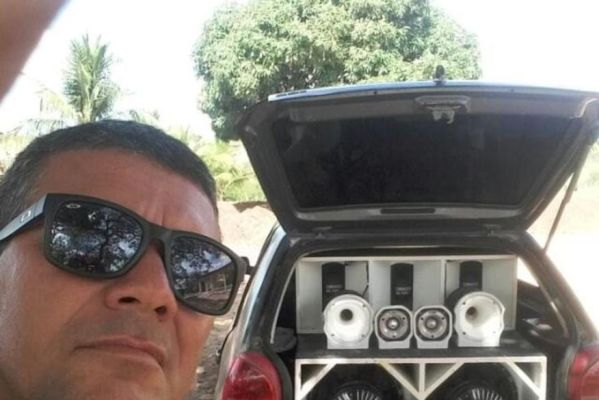 homem_e_assassinado_a_tiros_e_tem_moto_roubada_entre_sape_e_mari-599x400 Homem é assassinado a tiros e tem moto roubada na Paraíba