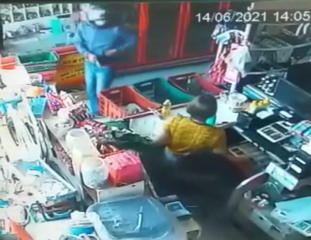 IMG_20210614_154113 Homem armado invade mercado em Monteiro, rende funcionária e leva dinheiro do caixa