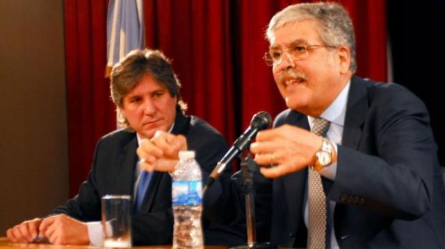 Los Ministros Julio De Vido y Amado Boudou - Foto: Web