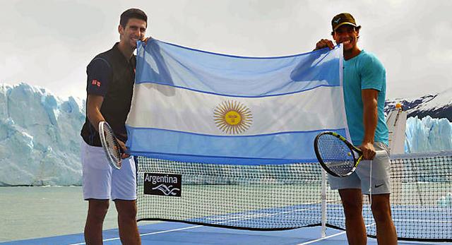 Rafael Nadal y Novak Djokovik en el Glaciar Perito Moreno - Foto: Turismo Nación