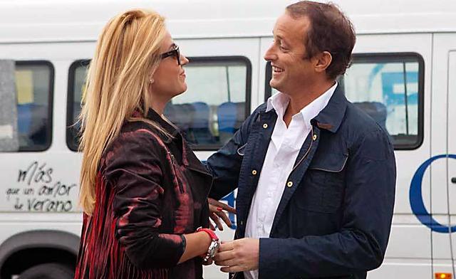 El Diputado Martín Insaurralde junto a Jesica Cirio - Foto: