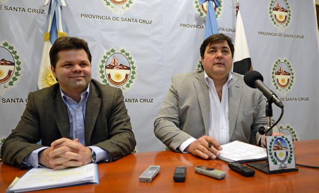 Los Ministros desplazados José Blasiotto Economía y Ariel Ivovich Jefe de Gabinete - Foto: OPI Santa Cruz/Francisco Muñoz
