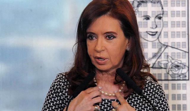La Presidente suspendió su viaje a Paraguay por una faringolaringitis aguda