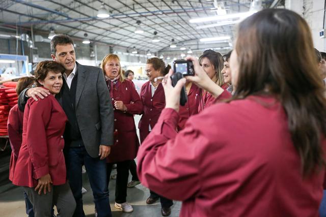 """Massa en Tierra del Fuego: """"Tenemos que dar estabilidad y certidumbre a los trabajadores"""""""