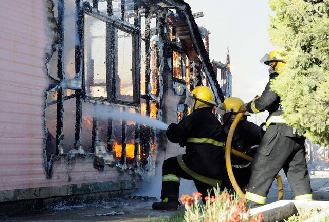 Unidades de combates de incendios. Dotadas, profesionalizadas y bien financiadas - Foto: OPI Santa Cruz/Francisco Muñoz