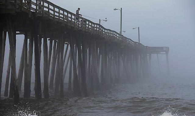 EEUU: el huracán Arthur tocó tierra en Carolina del Norte