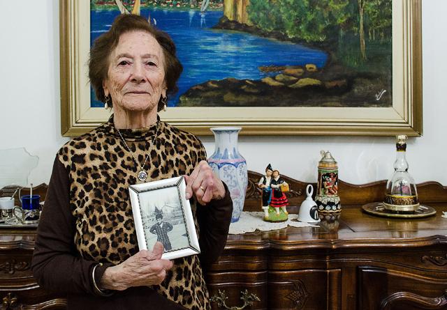 Hortensia Ardura en su casa de Caleta Olivia - Foto: OPI Santa Cruz/Daniel Bustos
