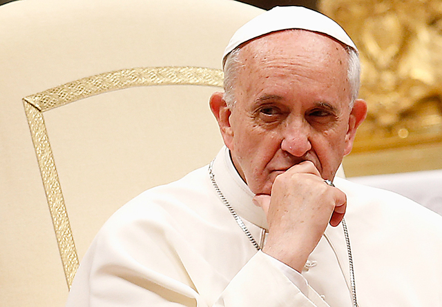 Francisco le dijo basta al lucro de las bendiciones papales