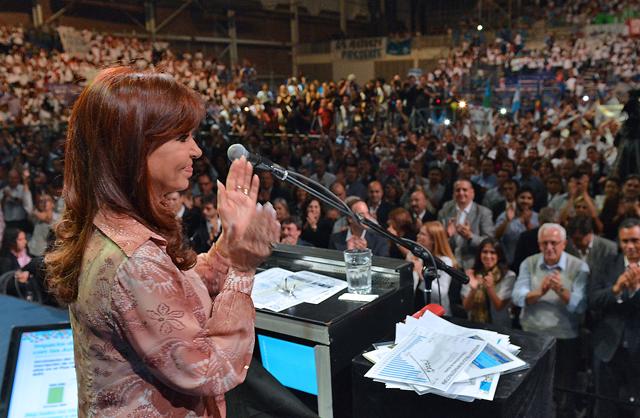 """Cristina cargó contra los que """"quieren meter miedo"""" y se quejó porque las mujeres tienen que """"apechugarla"""""""