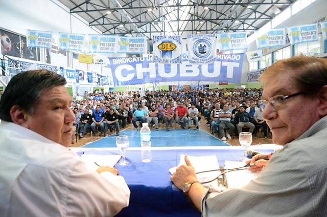 Camioneros apoya el paro de Jorge Ávila en Chubut y desde allí miran de costado el comportamiento de Claudio Vidal en Santa Cruz