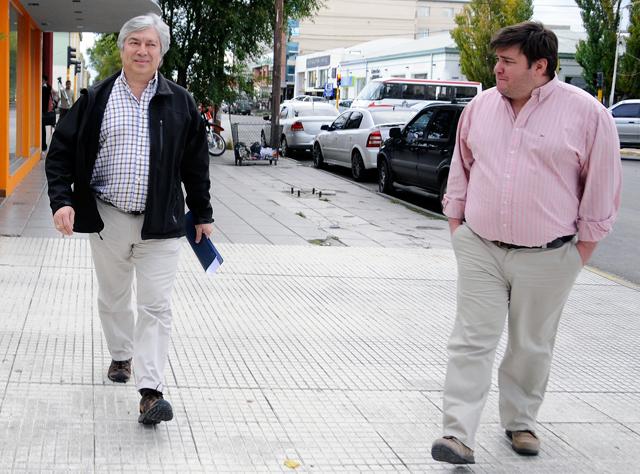 Lázaro Báez junto a Diego Navarro uno de los propietarios del multimedios del empresario - Foto: OPI Santa Cruz/Francisco Muñoz