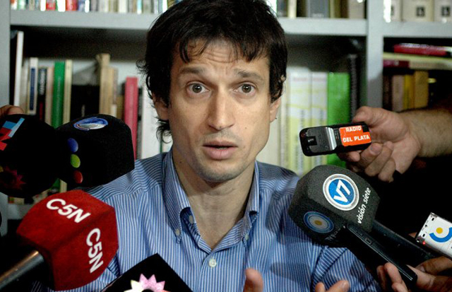 Según Lagomarsino, Nisman se quedaba con la mitad de su salario