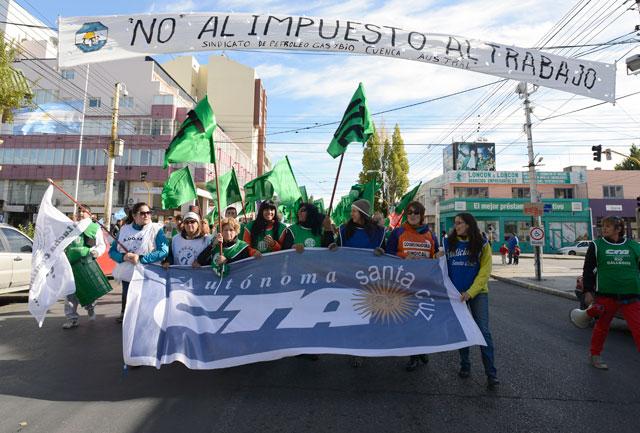 La marcha de la CTA en Río Gallegos - Foto: OPI Santa Cruz/Francisco Muñoz