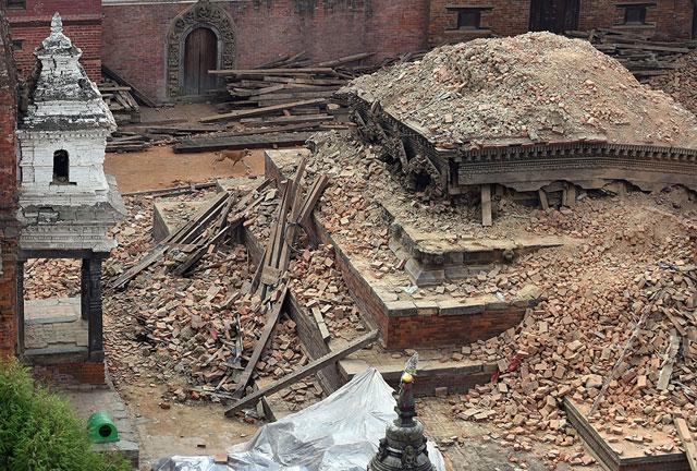 Oficial: aún hay dos argentinos desaparecidos tras el terremoto en Nepal