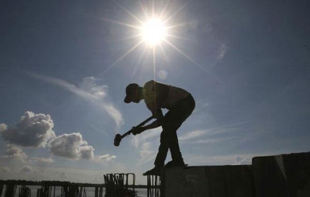 La mitad de los ocupados gana menos de 6.000 pesos al mes