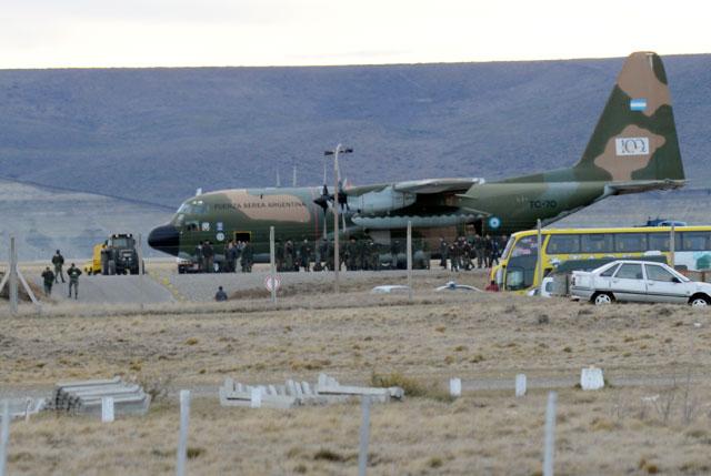 El hércules TC 70 en el aeropuerto de Río Gallegos – Foto: OPI Santa Cruz/Francisco Muñoz
