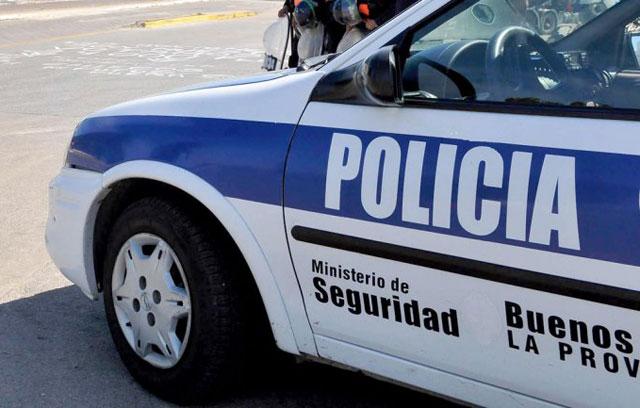 Asalto violento: tiraron por la escalera a una nena de tres años