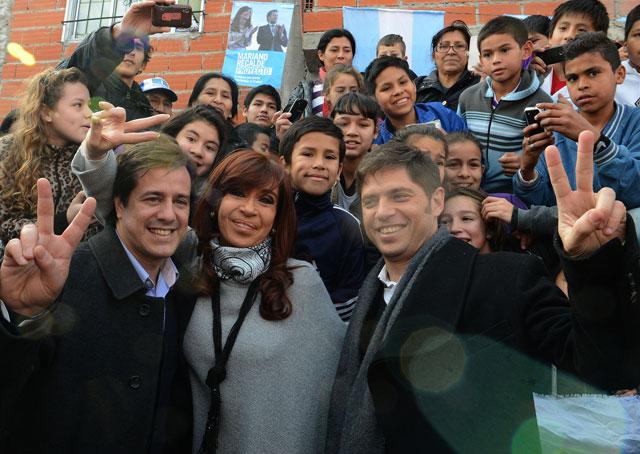 Cristina visitó la villa 20 para apoyar a Recalde