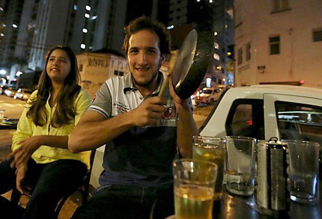 Cacerolazos sacudieron a Brasil durante la difusión de un mensaje de Dilma Rousseff