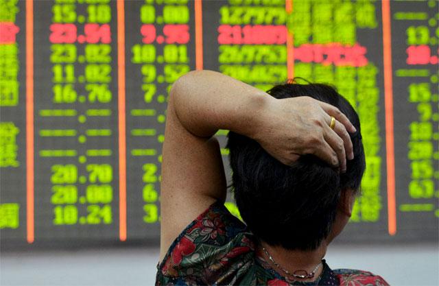 Las bolsas de China cayeron más del 6% e impactan en los mercados globales