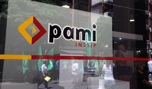 Denuncian que en el PAMI se montó una estructura paralela de personal