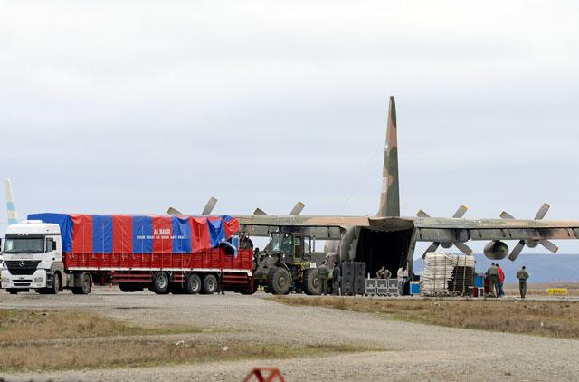 El Hercules TC-70 carga los equipos utilizados en el acto de Río Turbio - Foto: OPI Santa Cruz/Francisco Muñoz