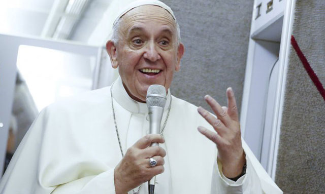 """El Papa se reunió con víctimas de abusos sexuales de la Iglesia: """"Los responsables rendirán cuentas"""""""
