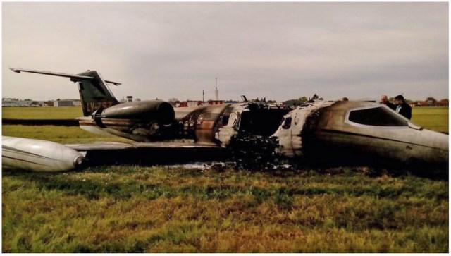 Investigan el incendio del avión privado de Lázaro Báez