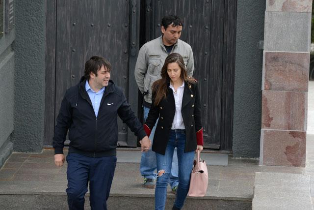 Los socios: Sanfelice y Cristóbal López saliendo del Mausoleo