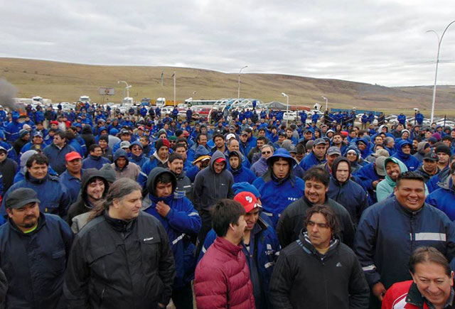 El Yacimiento de Río Turbio está totalmente parado. Cerca de 1000 trabajadores apoyaron paro y exigen renuncias - Foto: ATE