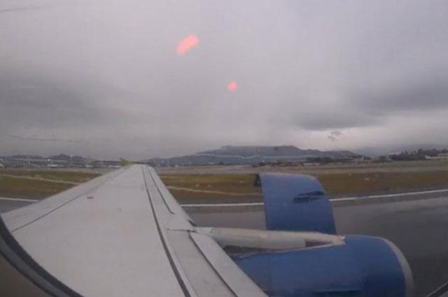 Un avión se desarmó en pleno despegue en Chile