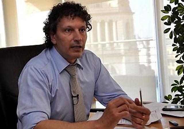 Indagatoria para el jefe del PAMI por financiar al Gobierno