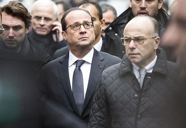 """Hollande: """"Francia está en guerra y no habrá tregua"""" para los terroristas"""
