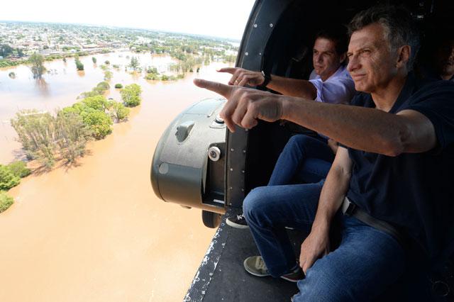 """Macri se comprometió con """"soluciones definitivas"""" para las zonas inundadas"""